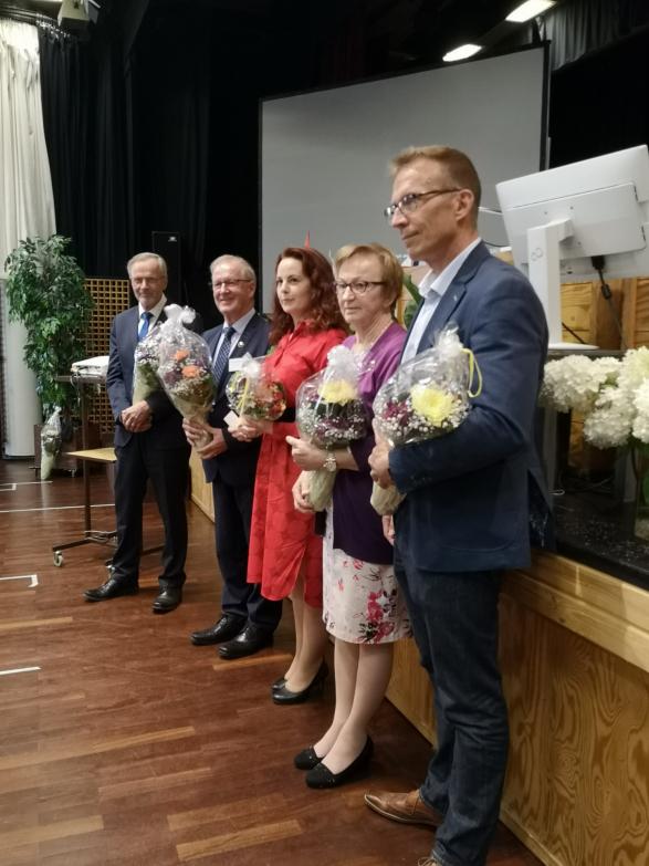 Karjalan Liiton puheenjohtajisto, Martti Talja, Matti Puhakka, Outi Örn, Eevaliisa Kurki, Jukka Kopra. Kuvasta puuttuu Heikki Autto.