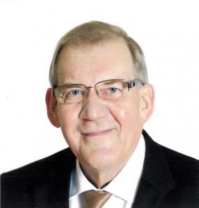 Seppo Tiitinen on eduskunnan pitkäaikainen pääsihteeri.