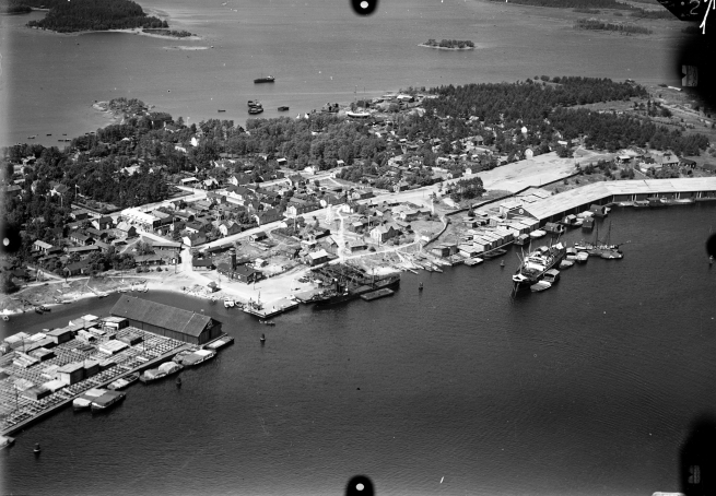 Ravansaari tunnetaan merenkulun, kansansivistystyön ja taistelujen saarena.